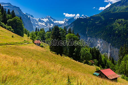 mountain village wengen switzerland