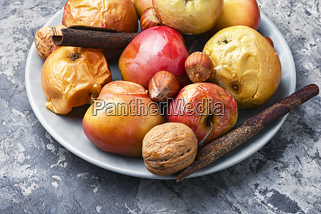 red baked apples