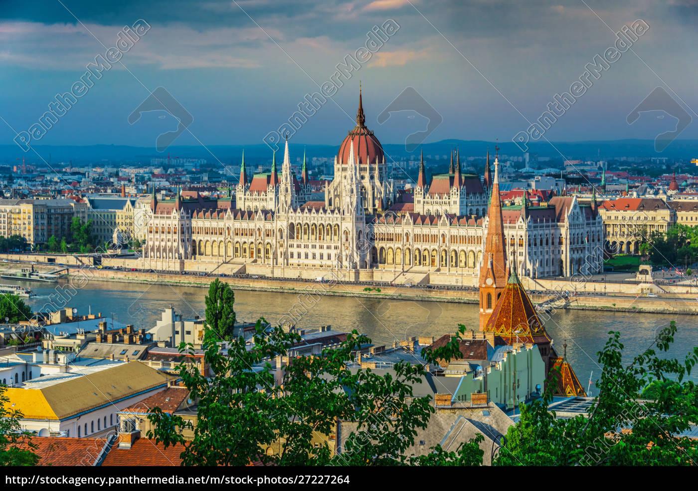 panoramic, view, of, budapest. - 27227264