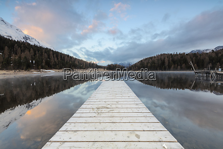 the wooden deck frames lej da