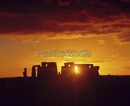 stonehenge ancient ruins wiltshire england uk