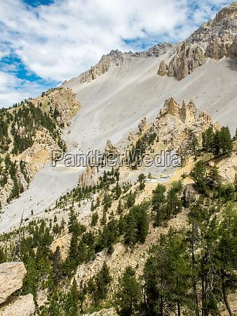 road climbing to col dizoard french