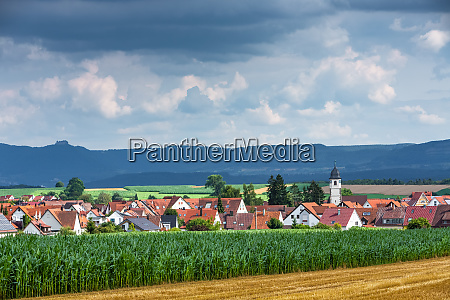 village wolfschlugen with the suabian alb