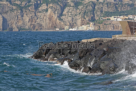 volcanic rocks breakwater