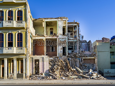demolition of a residential building havana