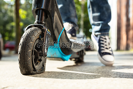 flat tire on e scooter
