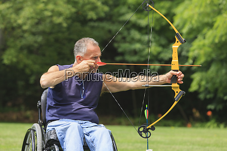 man with spinal cord injury in