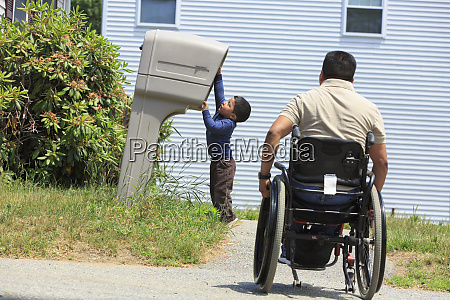 hispanic man with spinal cord injury