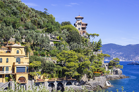 seaside, villas, near, portofino, in, italy - 27323844