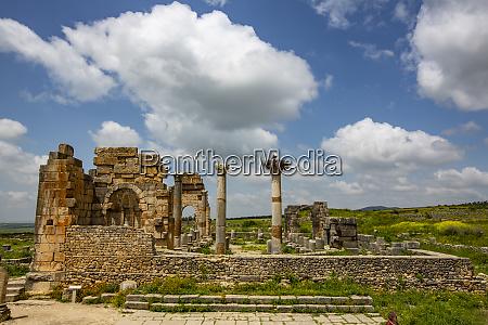 volubilis morocco ancient roman basilica ruins