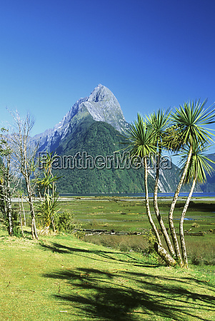 new zealand south island mitre peak