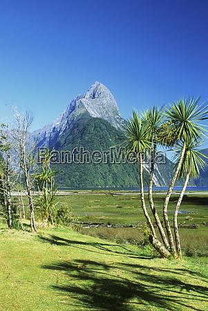 new zealand south island mitre peak