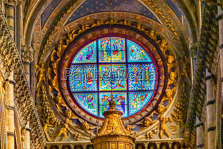rose window siena cathedral siena italy