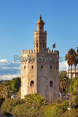 torre del oro old moorish military