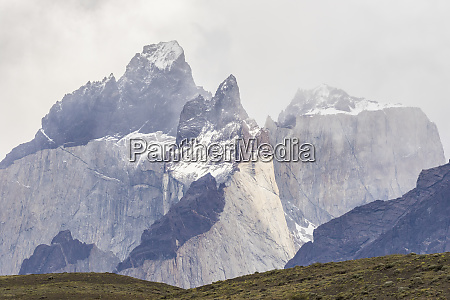 chile patagonia the horns mountains