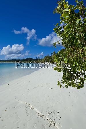white, sand, beach, , bay, de, kanumera, - 27335018