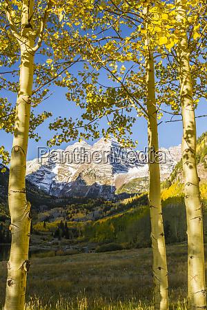 usa colorado maroon bells mountains framed