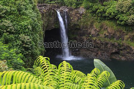 rainbow falls 80 ft drop wailuku