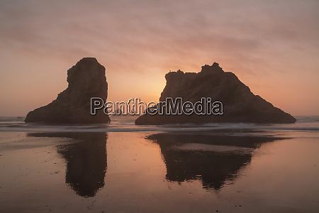 usa oregon bandon beach sunset on