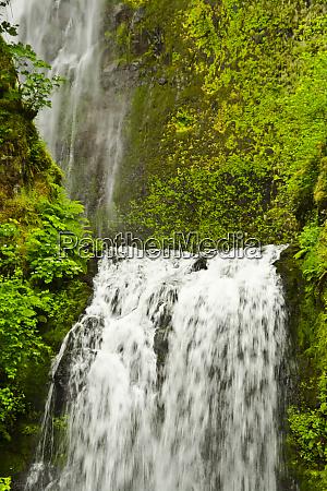 lower multnomah falls columbia gorge oregon