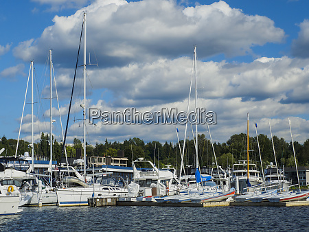 usa washington state bellevue marina and