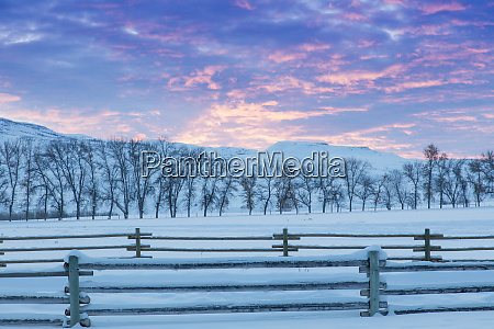 wintertime sunrise the hideout ranch shell