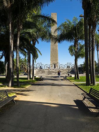 monumento al marinaio ditalia brindisi italy