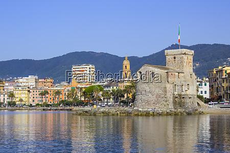 italian, castles, on, sea, italian, flag - 27358801