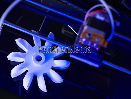 turbine wheel being printed in 3d