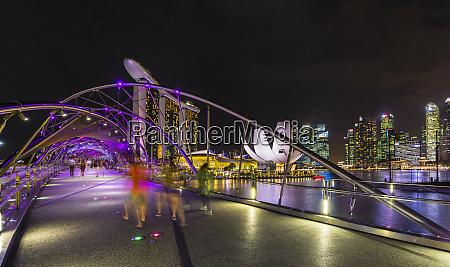 skyline of singapore with marina bay