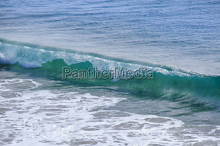 breaking wave lanzarote spain