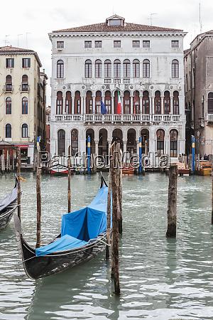 gondola port venice italy