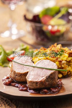 swabian pork fillet with spaetzle on