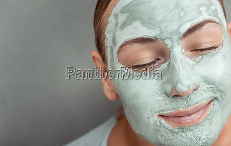 facial anti aging mask