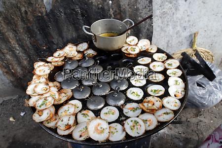 street food banh xeo vietnamese pancakes