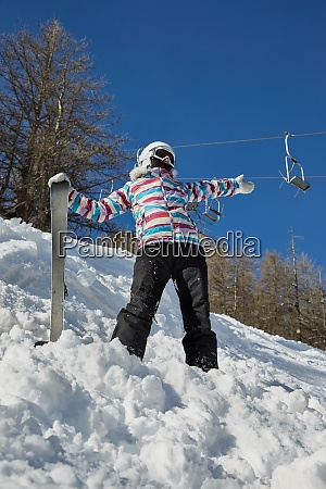 skier enjoying sunny weather