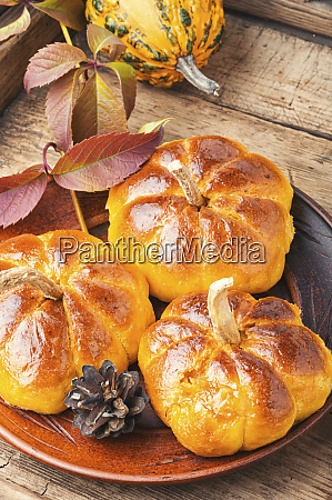 homemade sweet pumpkin buns