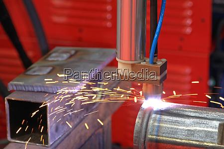 robot welding sparks