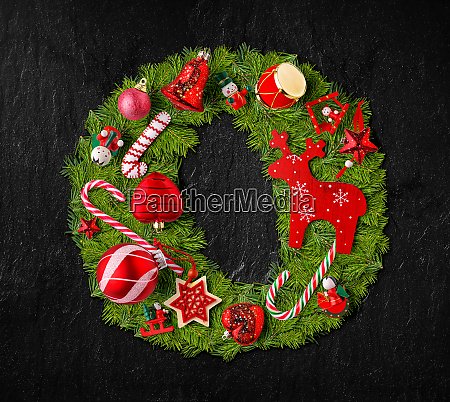 letter o made of christmas tree