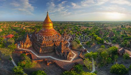aerial view of dhammayazika pagoda bagan