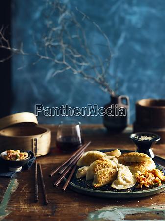 kimchi mandu korean dumplings