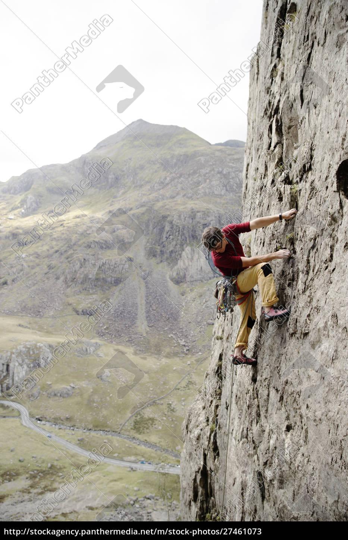 male, rock, climber, scaling, rock, face, - 27461073