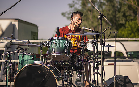 drummer on the move