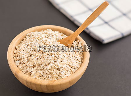 oatmeal flakes for a healthy lifestyle