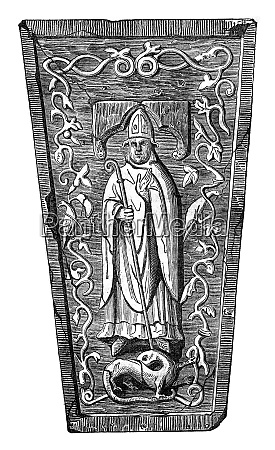 statue placed on the tomb of