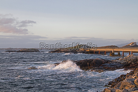 swell on the atlantic road
