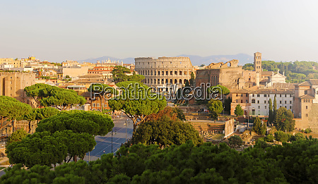 panoramic view of rome cityscape skyline