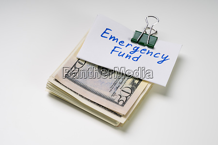 emergency fund text over the bundle