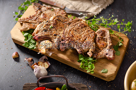 grilled pork chops with peppers