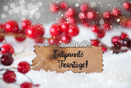 red decoration label entspannte feiertage means